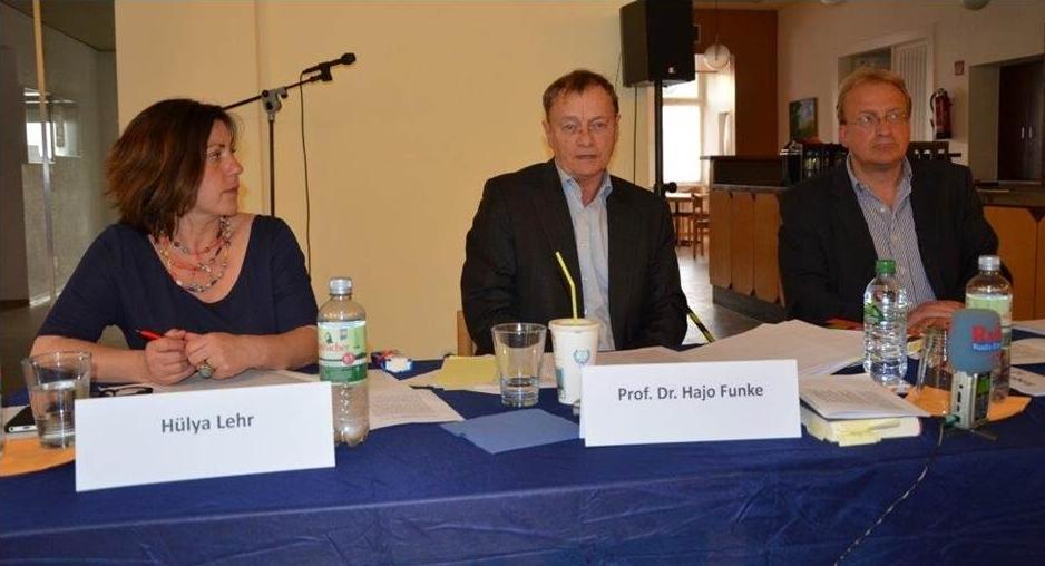 Hülya Lehr, Prof. Hajo Funke und Stefan Zelder